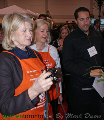 Martha Stewart at the Artemesia Daylilies Booth, Canada Blooms 2010